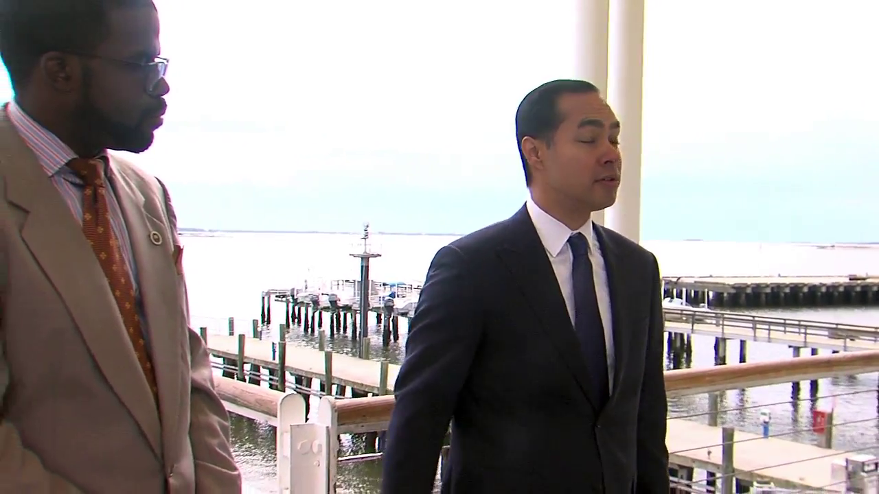 Former Obama official Julian Castro campaigns for 2020 in the Lowcountry