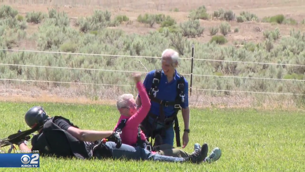 80-year-old Treasure Valley couple goes to new heights for Alzheimer's awareness