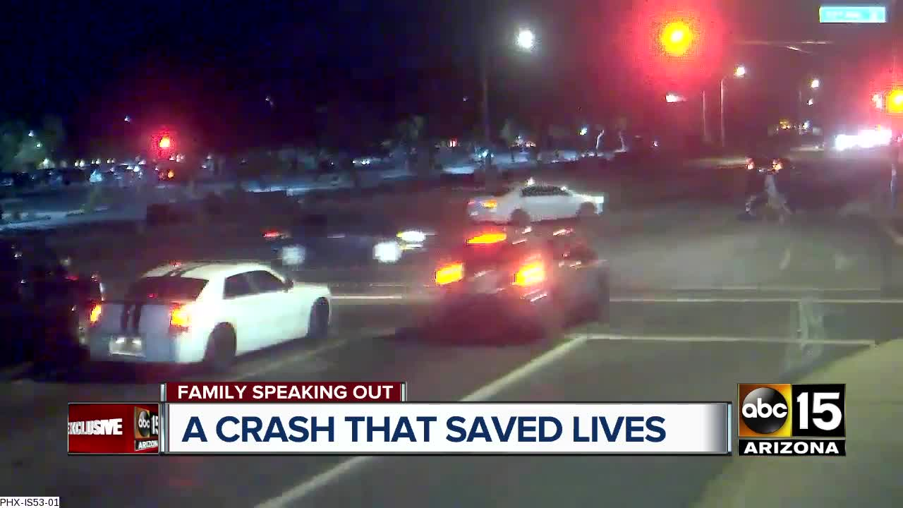 Car Slams Into Jeep Running Red Light, Saving Phoenix Pedestrians
