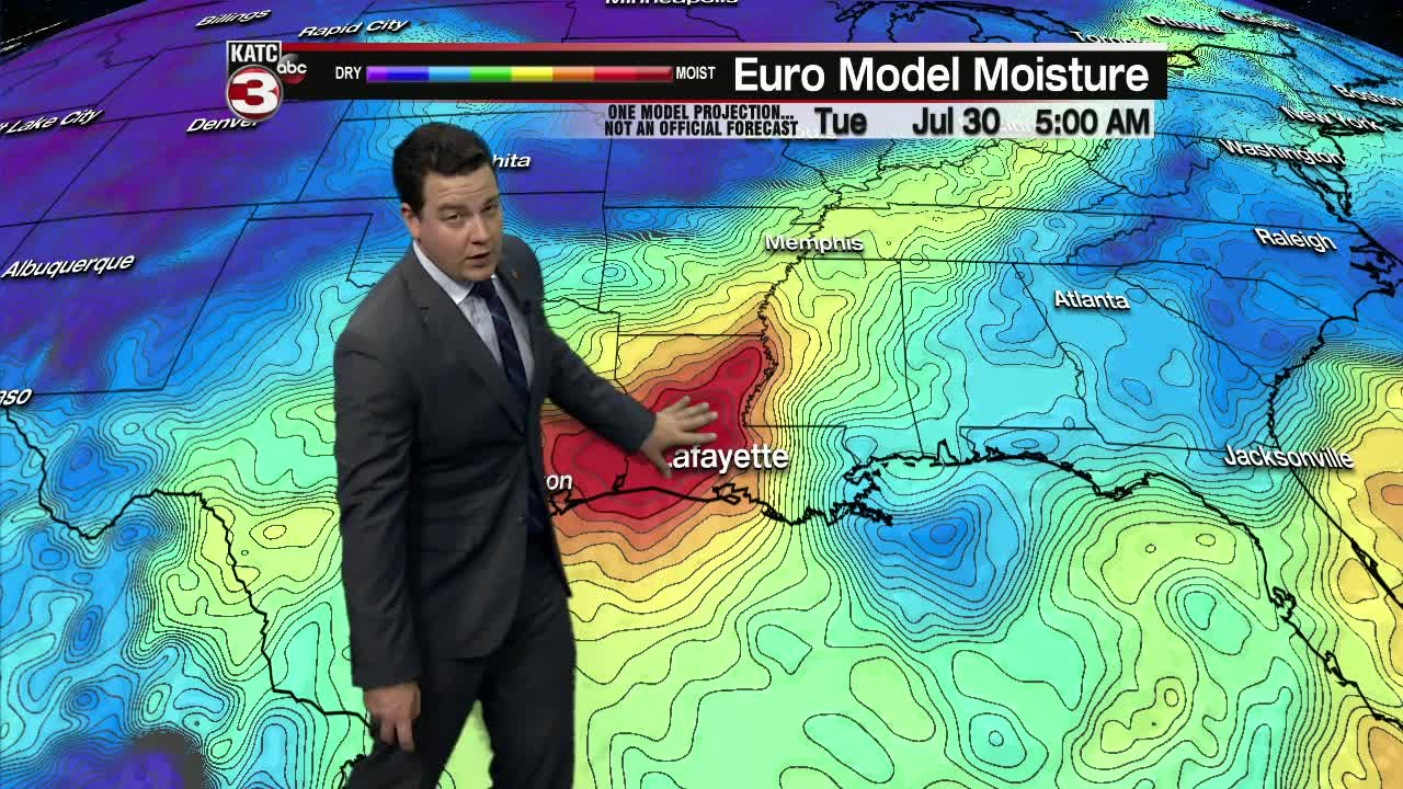 Cold front impacts the start of the week