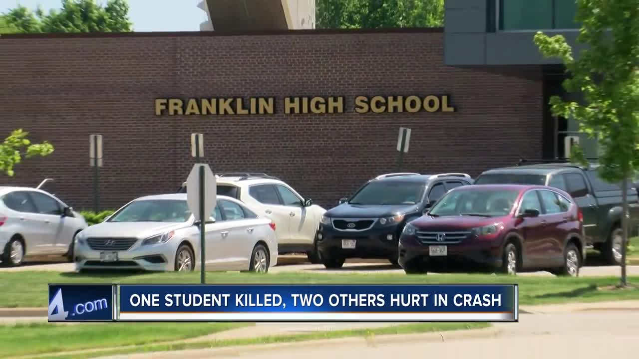 Deadly crash claims Franklin High School student