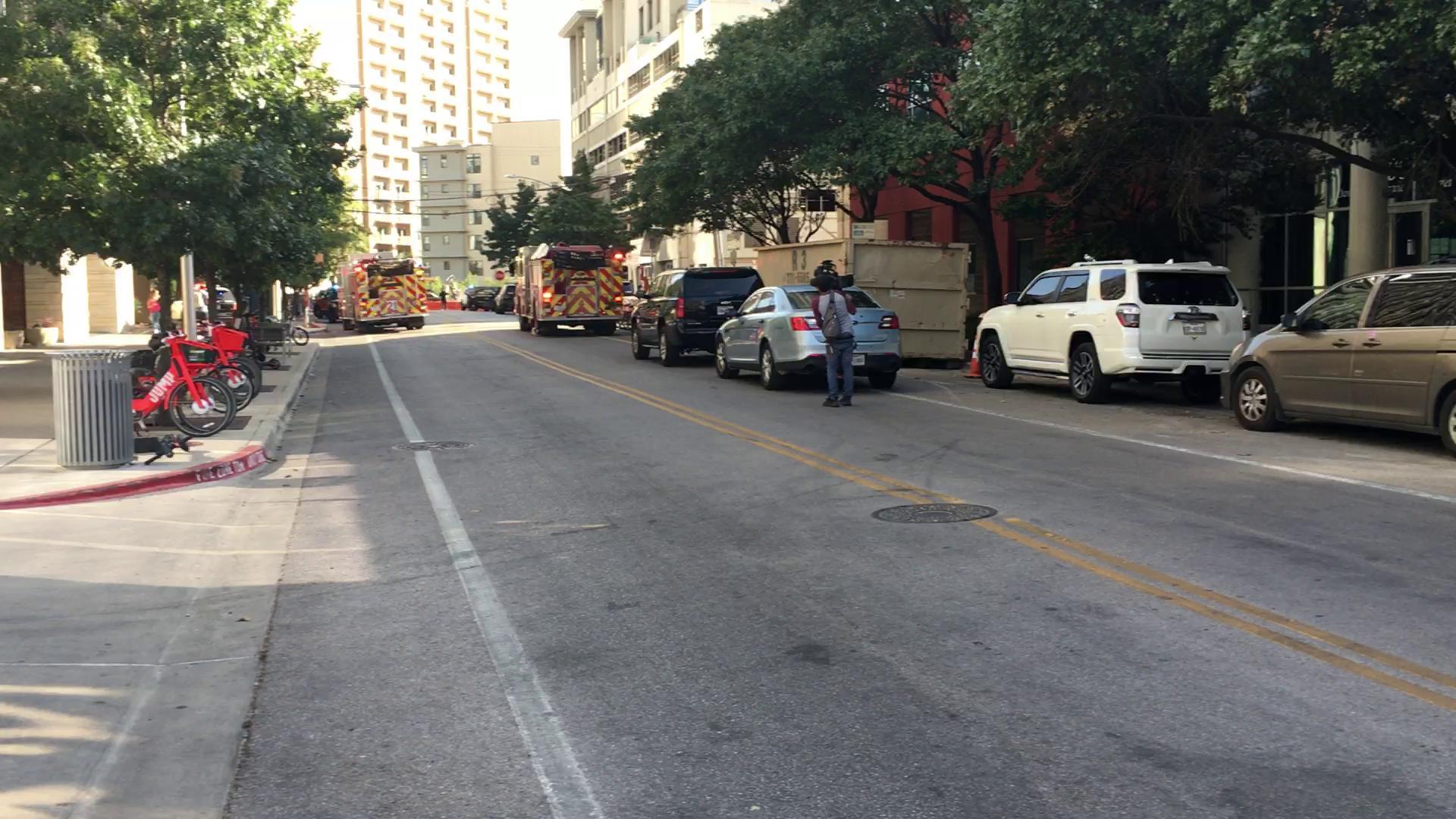 Oficial de policial involucrado en balacera en centro de Austin