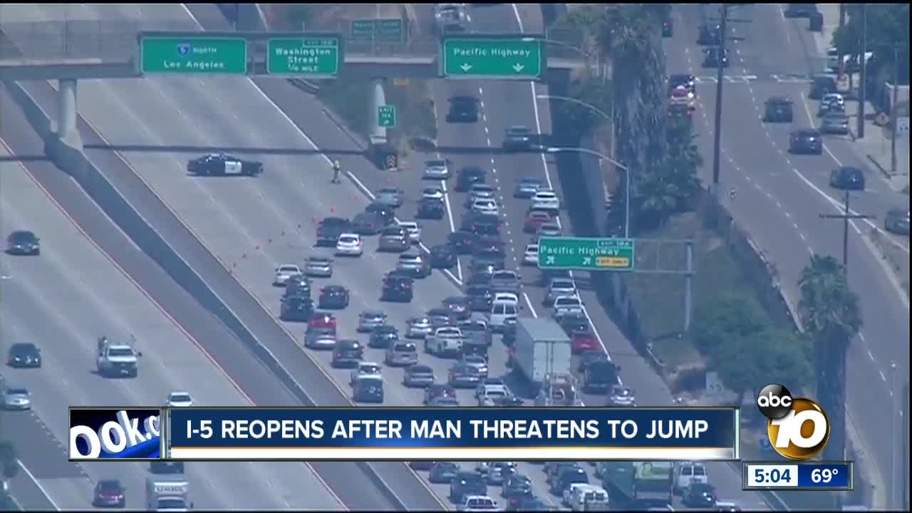 Response to person in distress leads to major backup on I-5