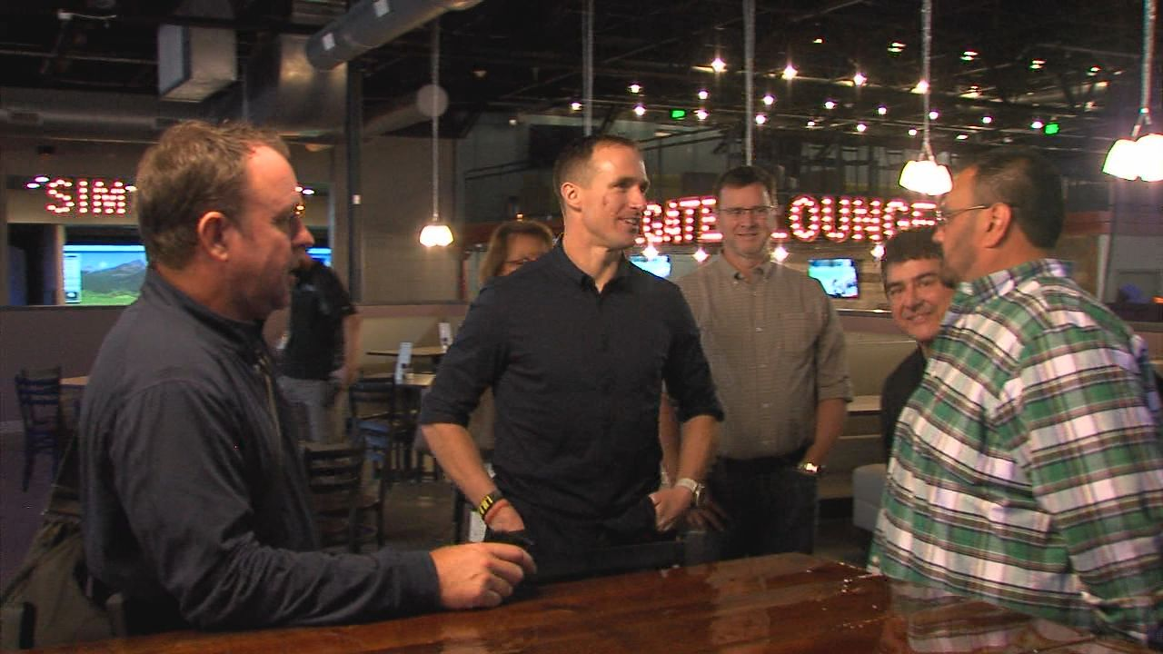 Drew Brees In Lafayette As Surge Entertainment Readies To Open