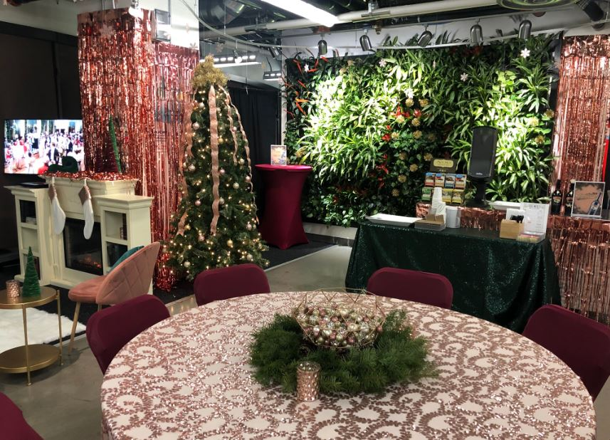 Inside Look At Zappos Las Vegas During Cyber Monday