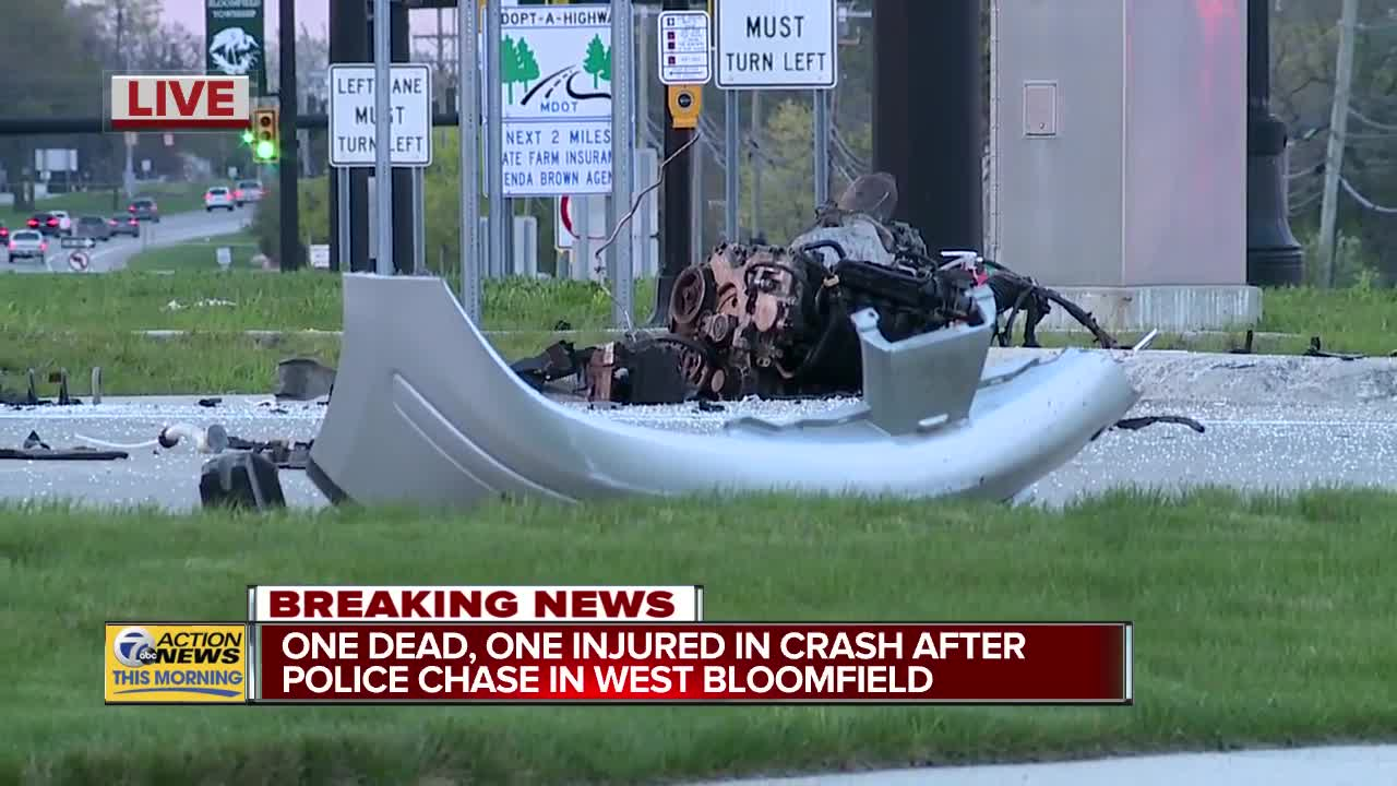 2 dead after crash following police chase in West Bloomfield