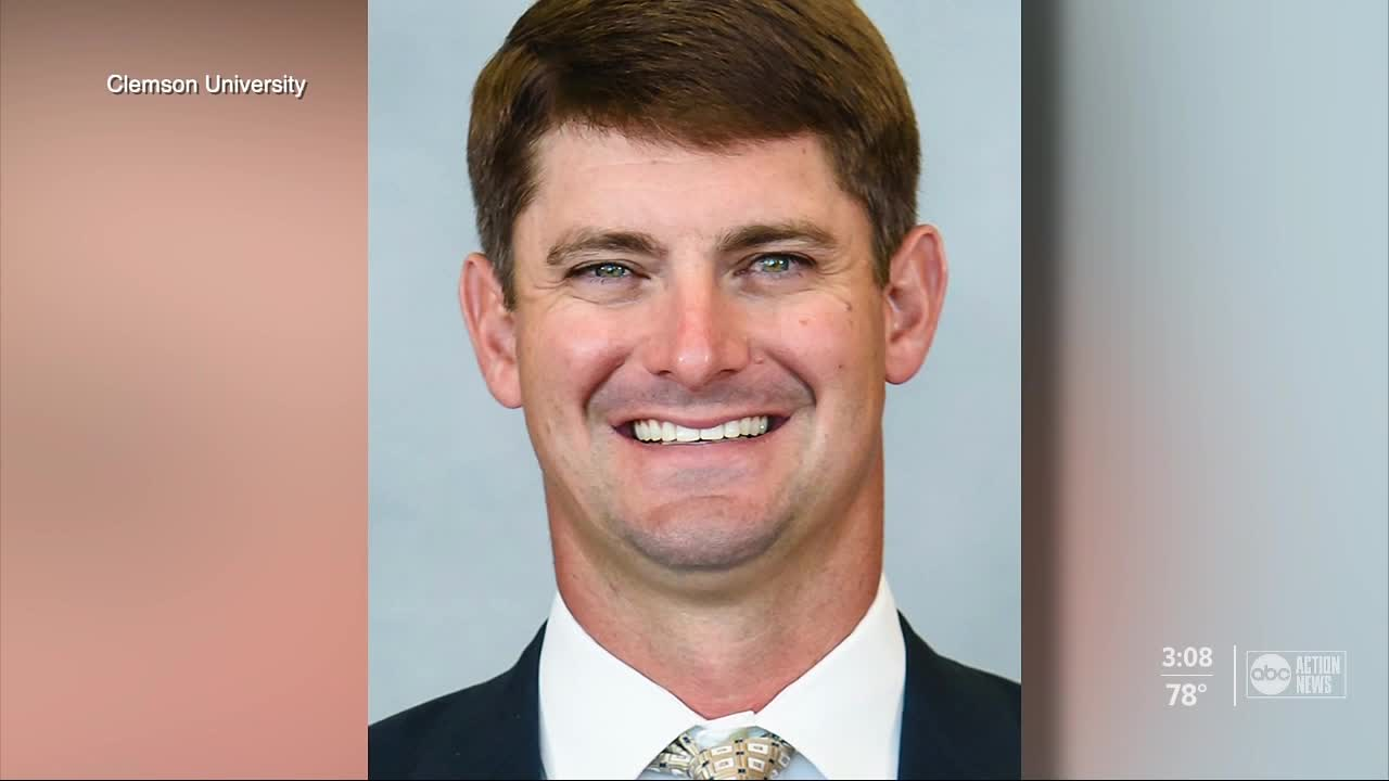 Clemson co-offensive coordinator Jeff Scott headed to USF as head coach