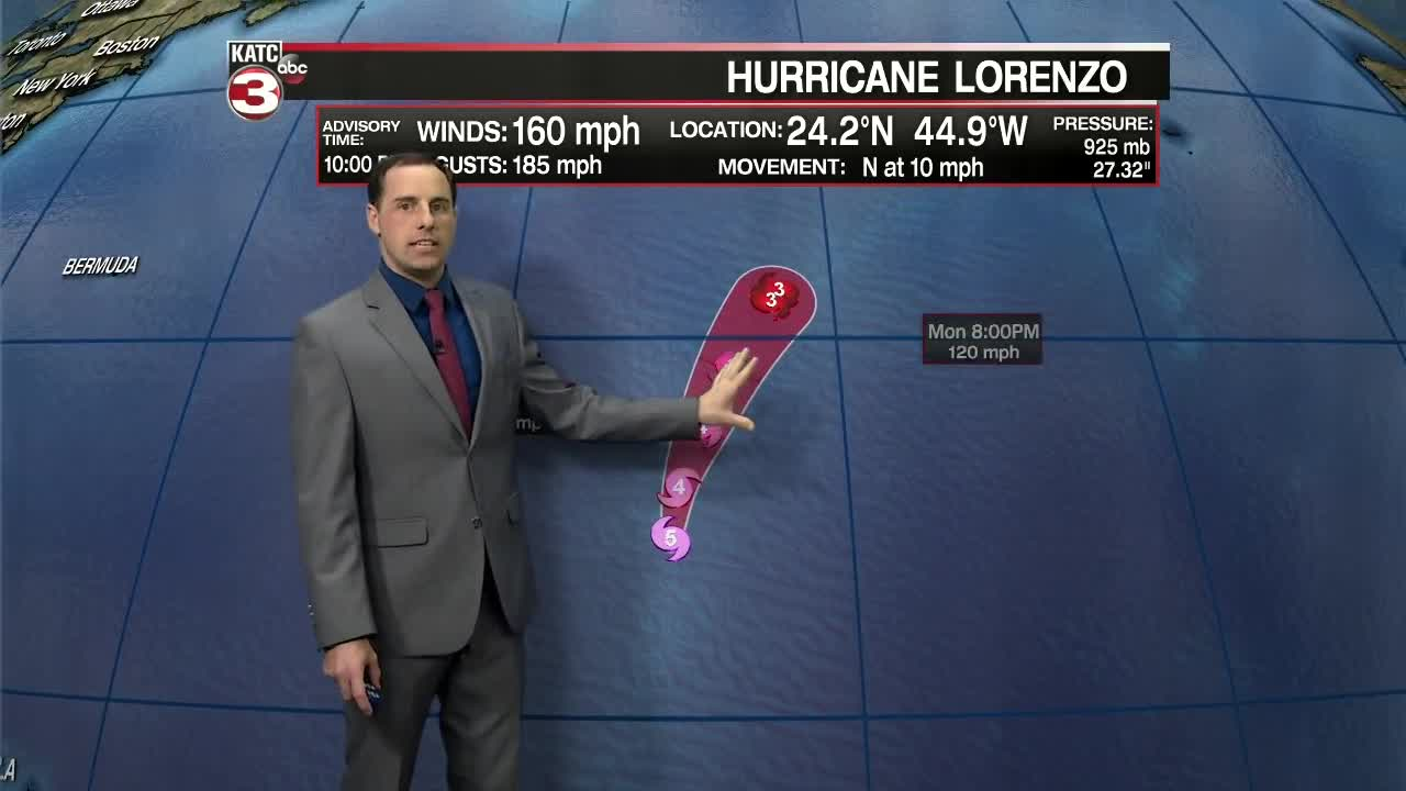 Hurricane Lorenzo quickly grows into an intense Category 5 storm