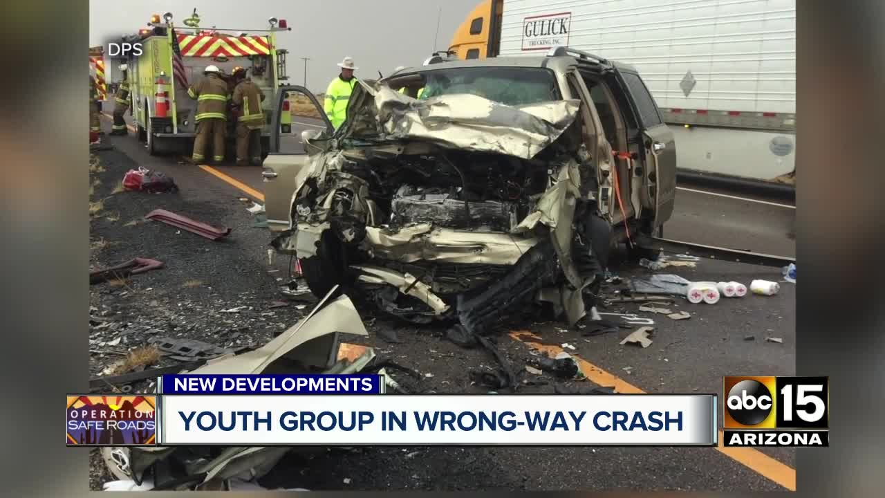 Two dead, five injured in wrong-way crash on I-40 east of Holbrook