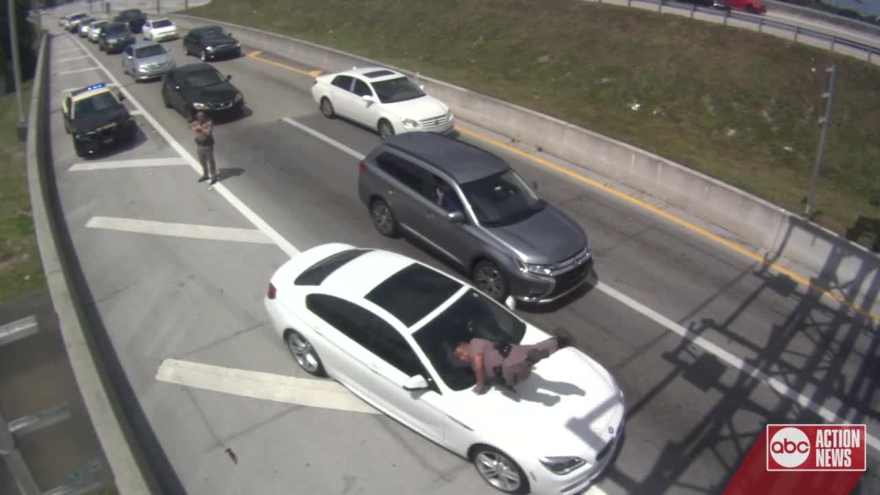 Florida Highway Patrol Traffic >> Scary Video Shows Car Striking Florida Highway Patrol Trooper And