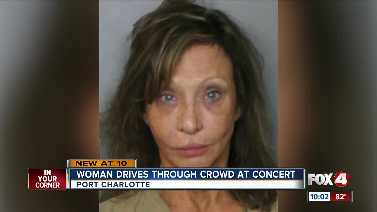 Port Charlotte Fl News >> Woman With 100k In Car Crashes Into Concert Hits Two People