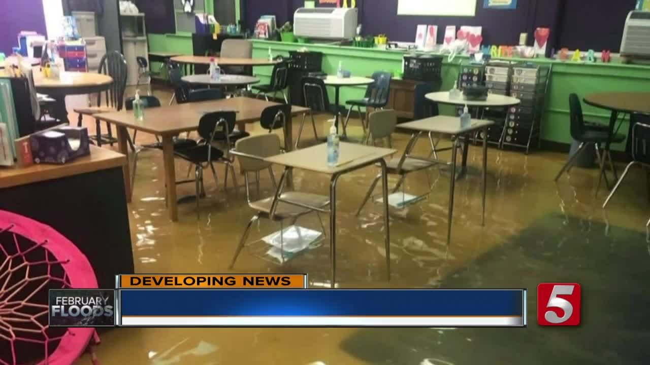 Waverly elementary, junior high closed all week due to flooding