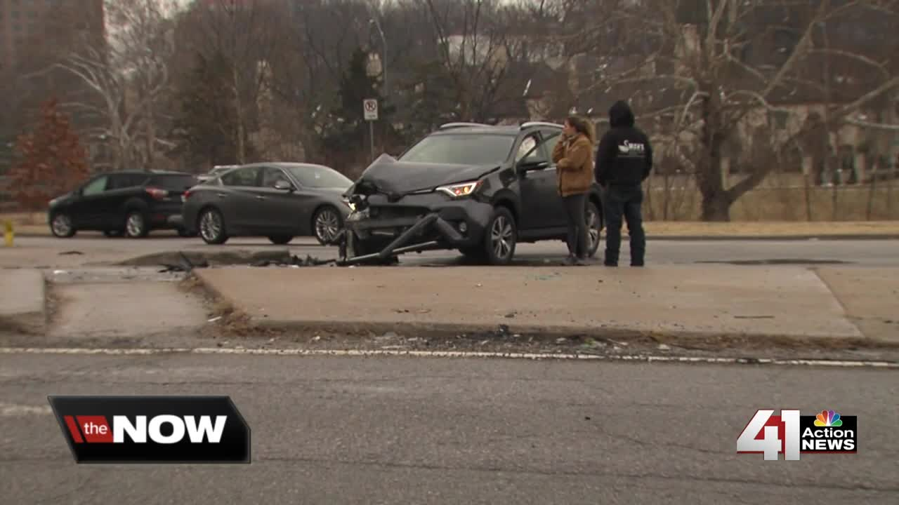 winter crashes present problems for reporting to police