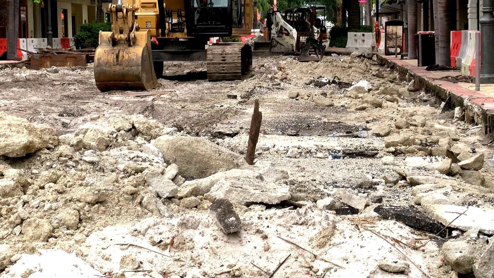 Tramo de la calle Clematis estará cerrada hasta octubre