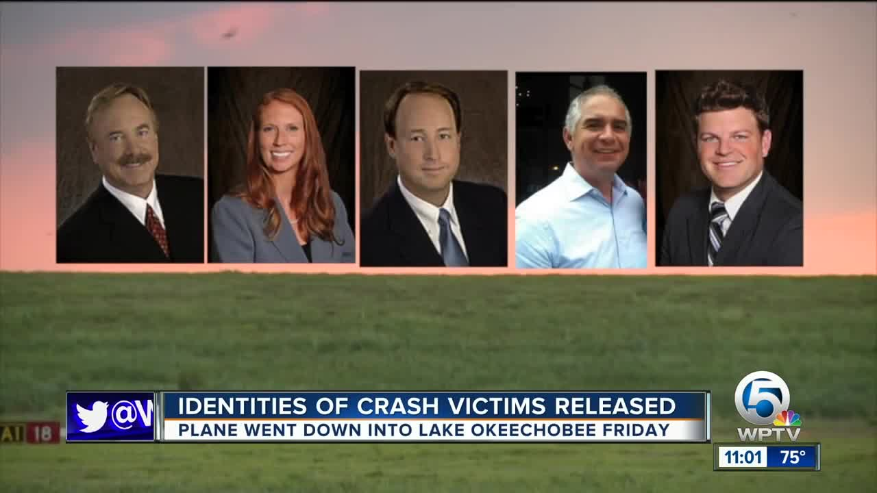 5 people killed after plane crashes into Lake Okeechobee