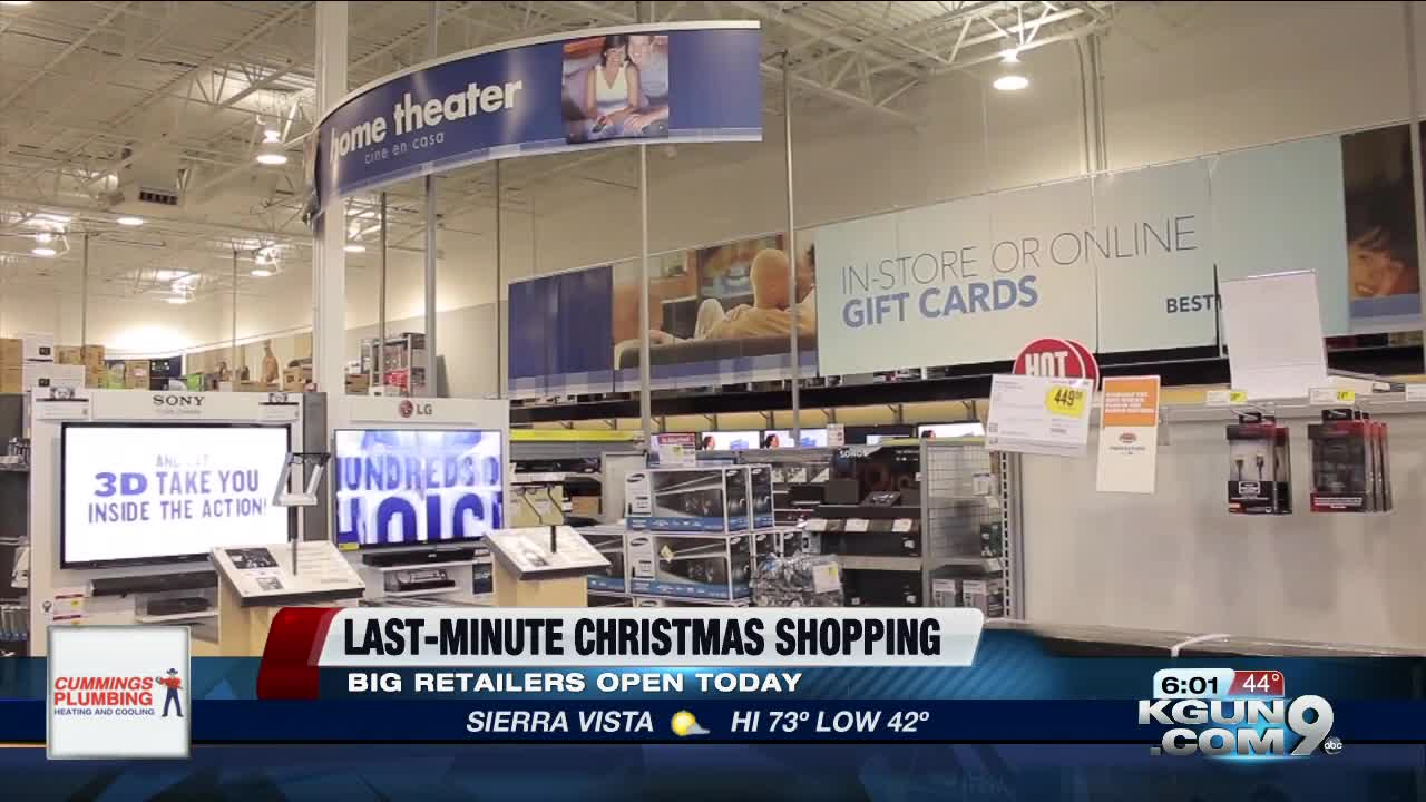 Some retailers in town are makinglife easier for procrastinator's by keeping their doors open for most of Christmas Eve