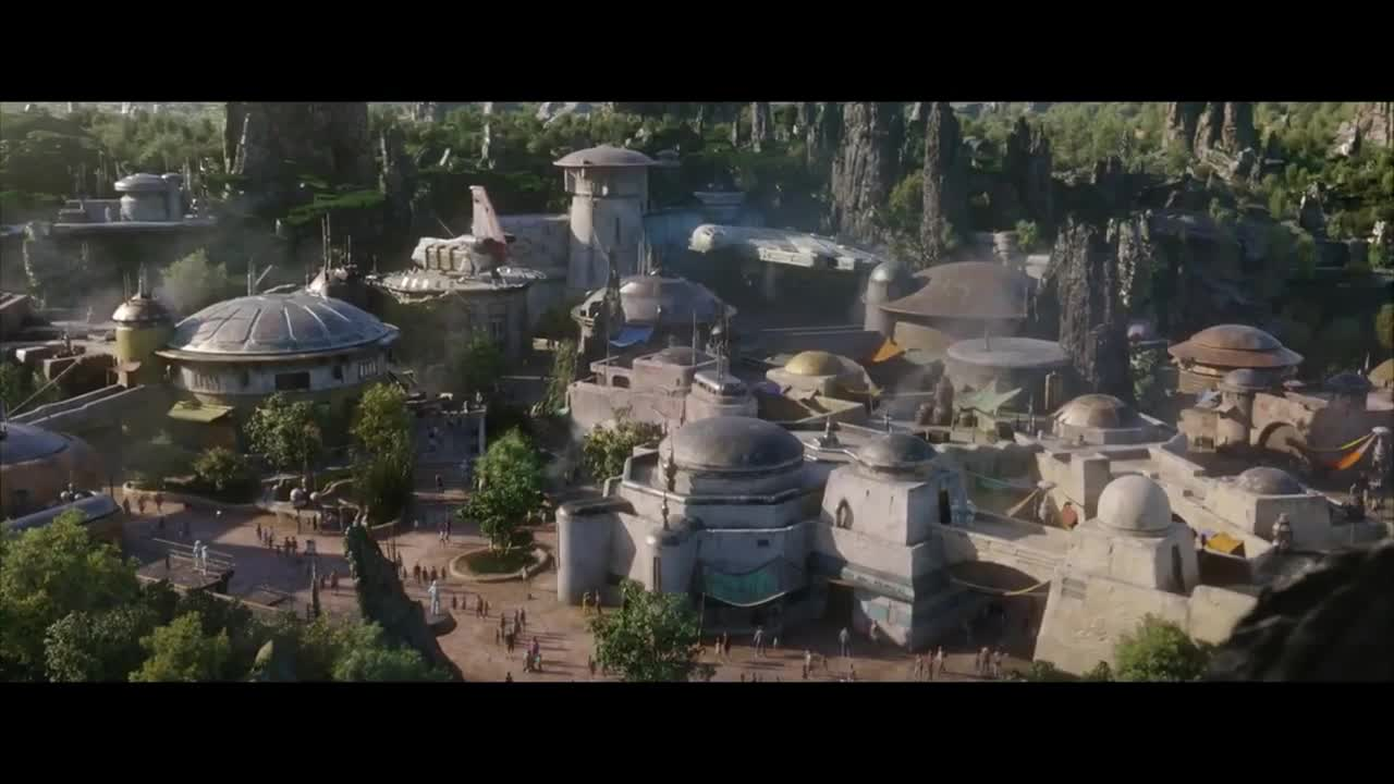 New Behind-The-Scenes Look At Star Wars: Galaxy's Edge