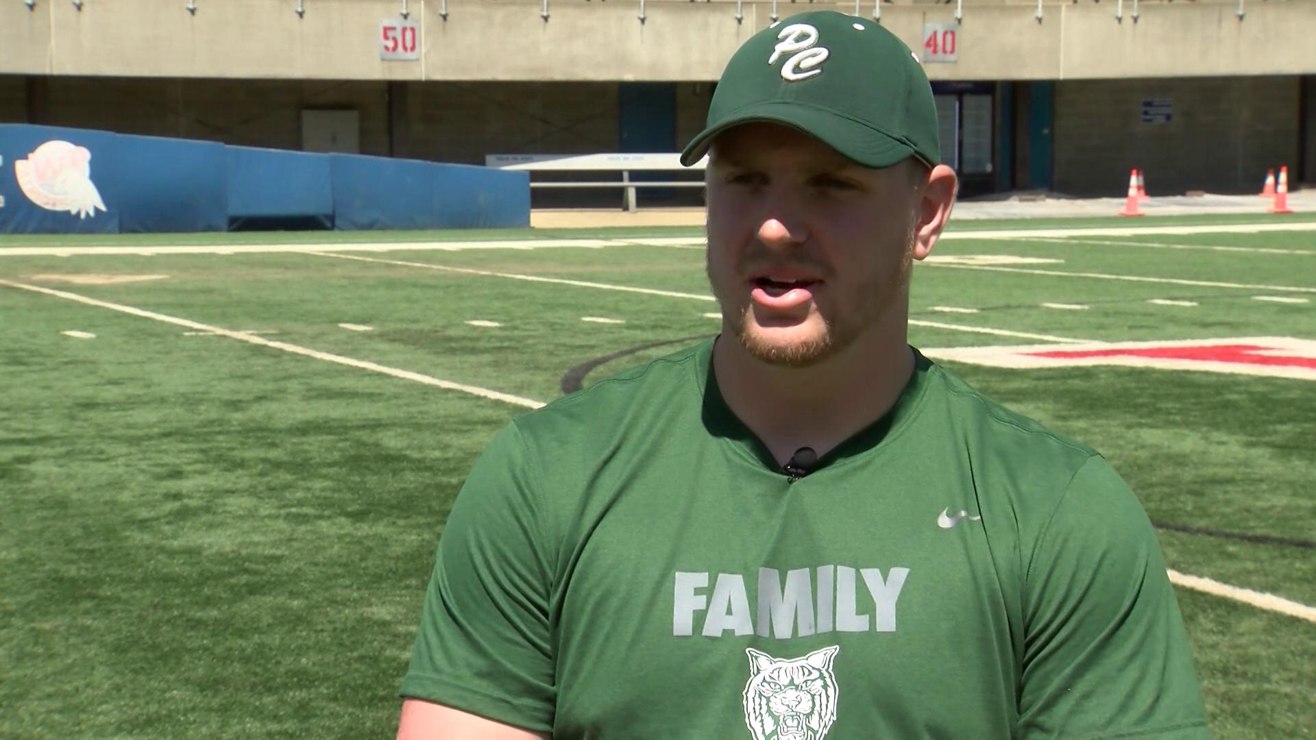 Coach Zach Heasley