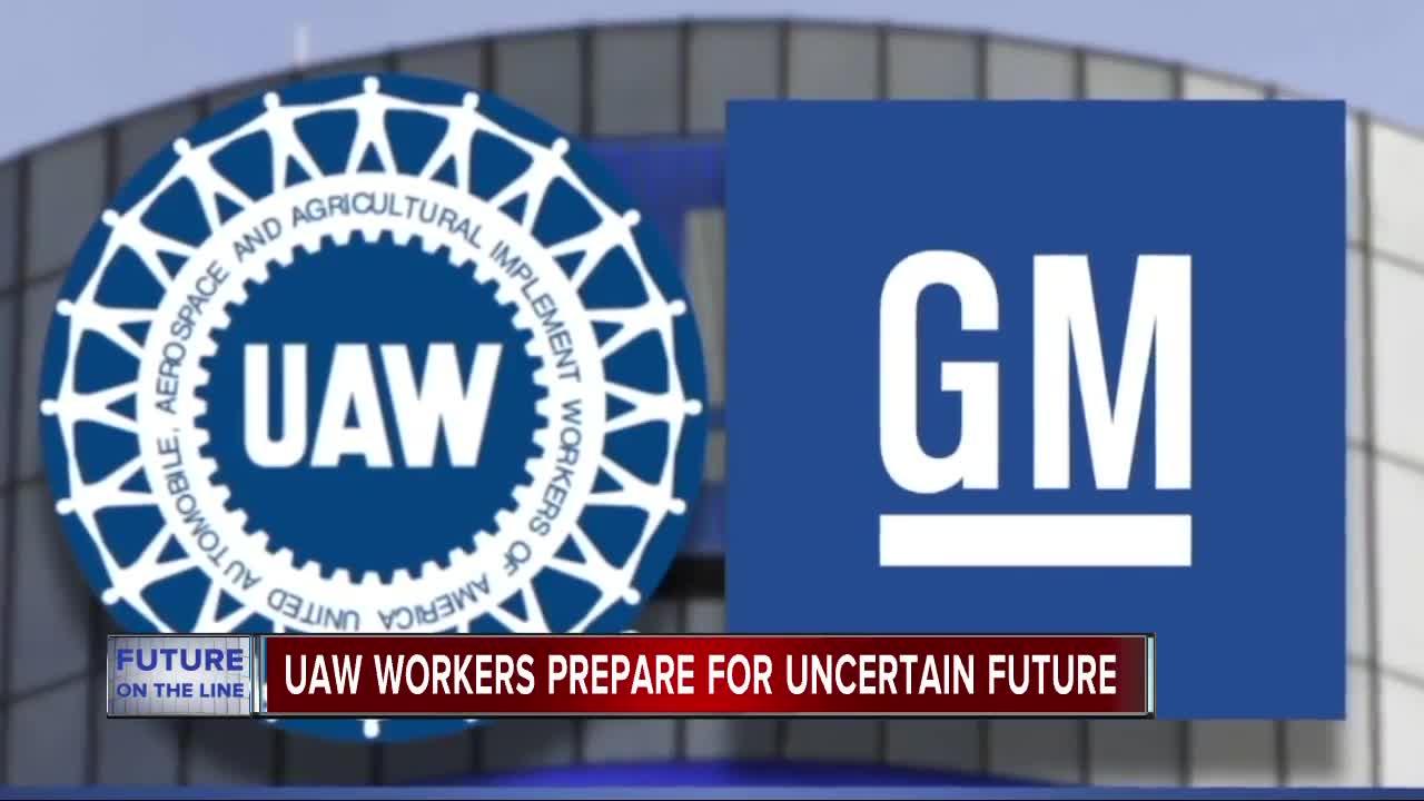 UAW workers walk off the job at General Motors, national ...