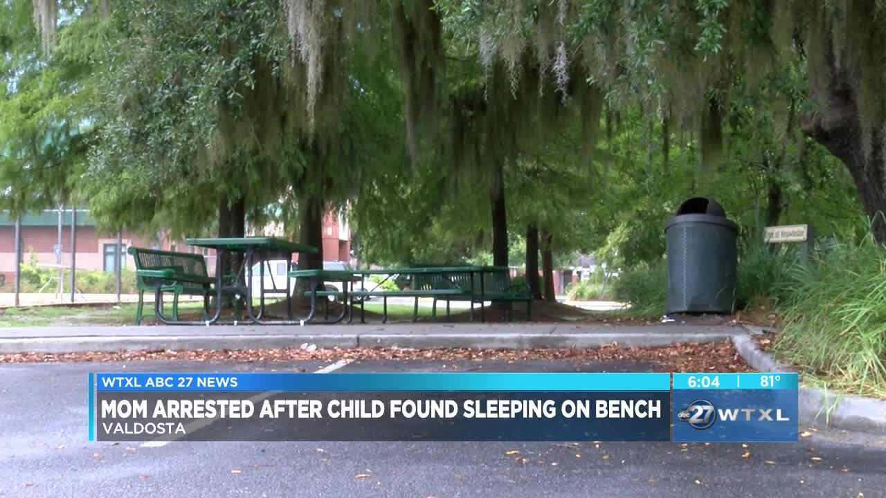 Valdosta mother accused of abandoning children faces child