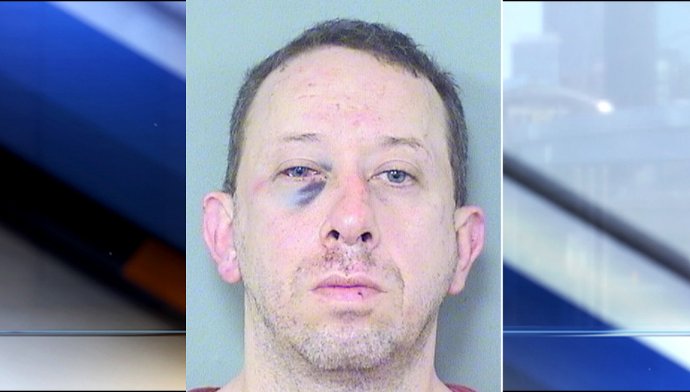 Ex-NFL player beats up man who allegedly peeped in daughter's window