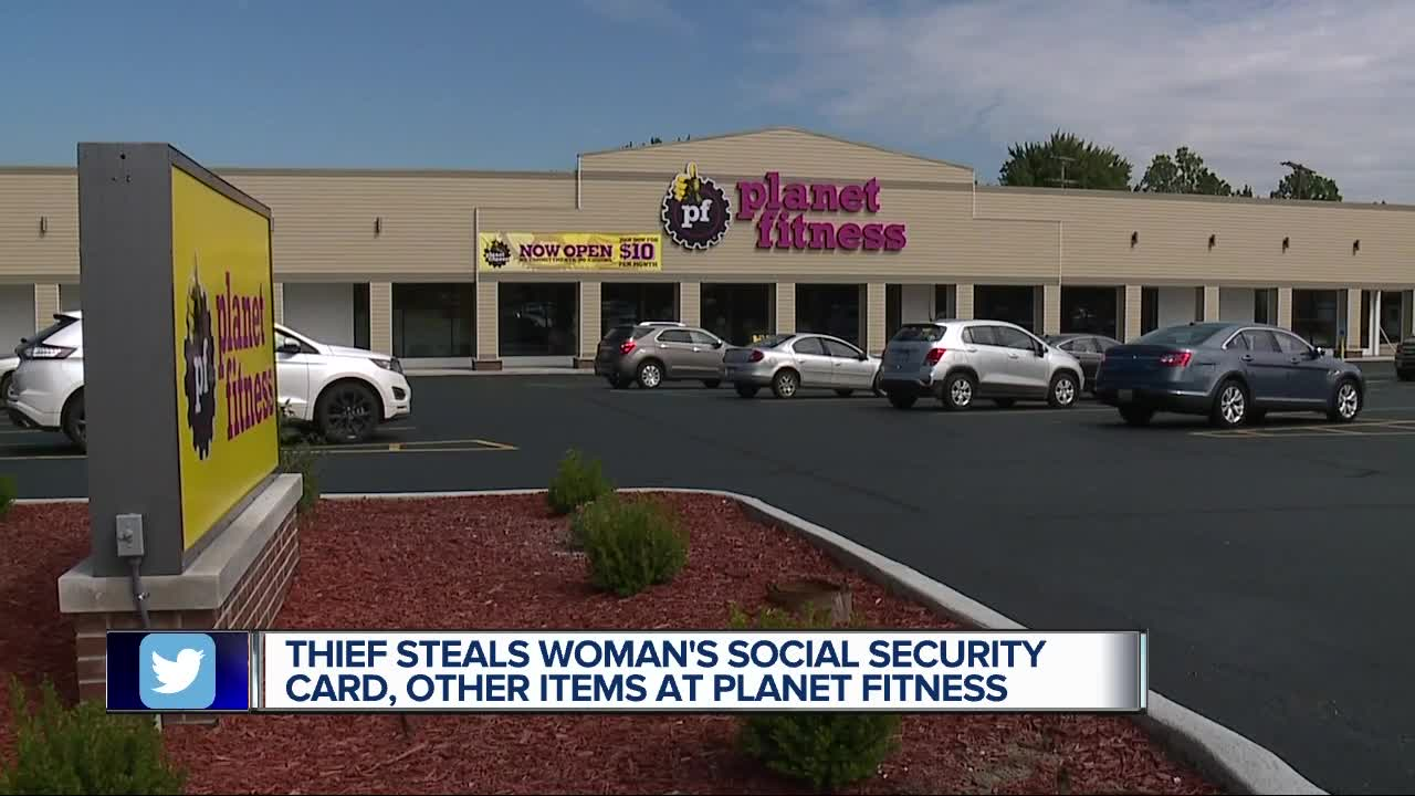social security card debit card cash and license stolen from woman