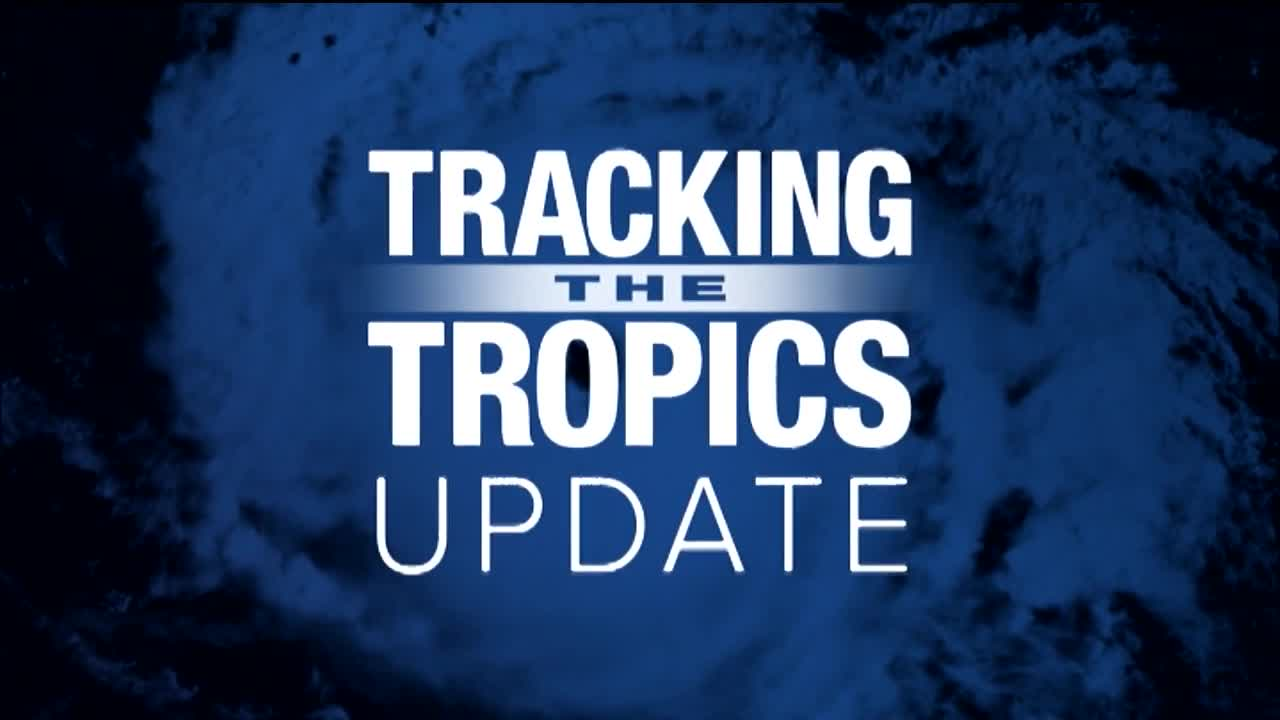 Zeta now a hurricane, heads for northern Gulf Coast
