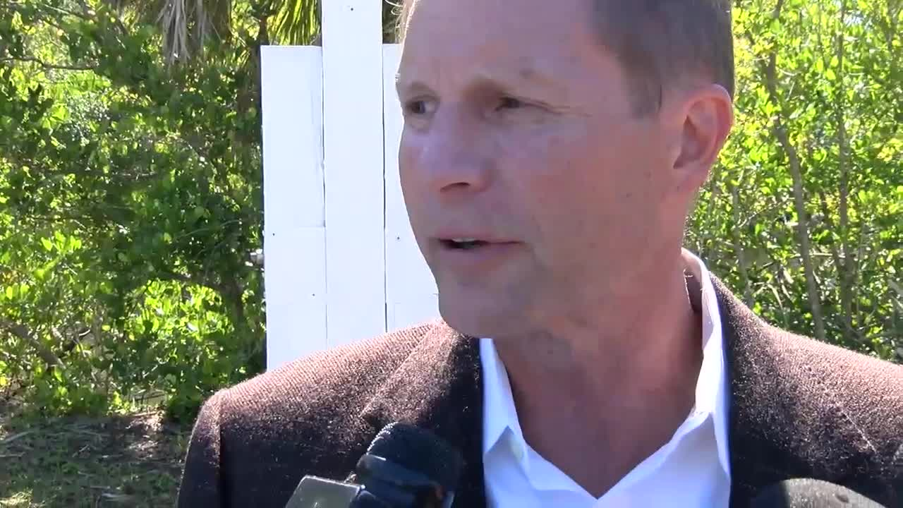 Gov. DeSantis to make announcement at Southwest Florida high school
