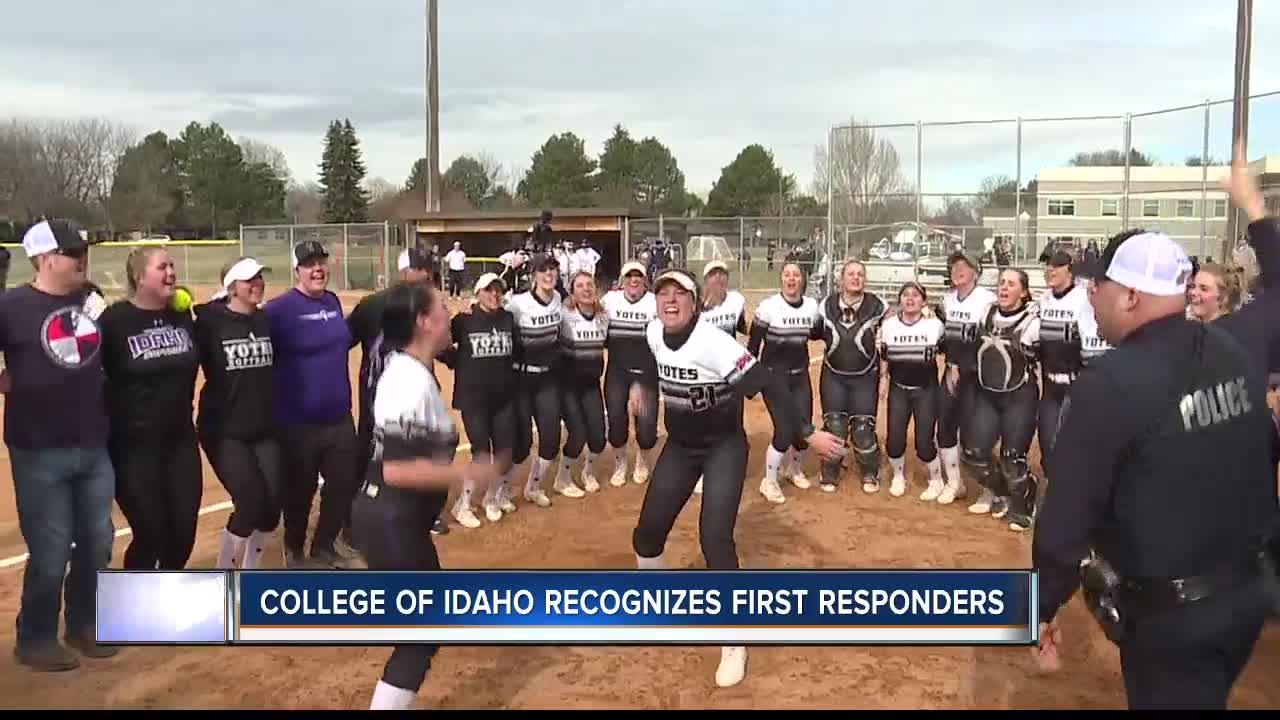 College Of Idaho >> College Of Idaho Softball Team Honors First Responders