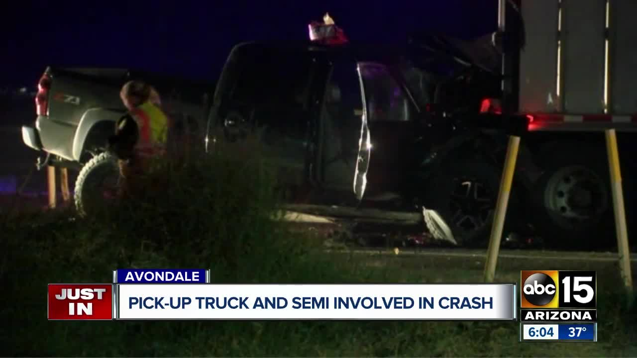 MCSO: One killed, one seriously hurt in crash at Avondale Blvd and