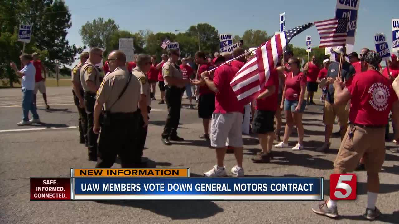 End of GM strike still uncertain, despite tentative labor deal