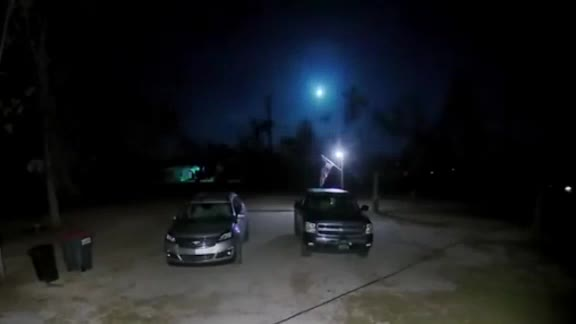 Meteor falling from sky caught on camera near Tallahassee