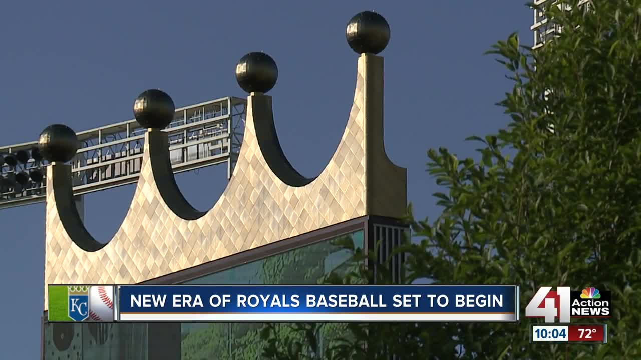 Kansas City Royals' owner sells team for $1 billion