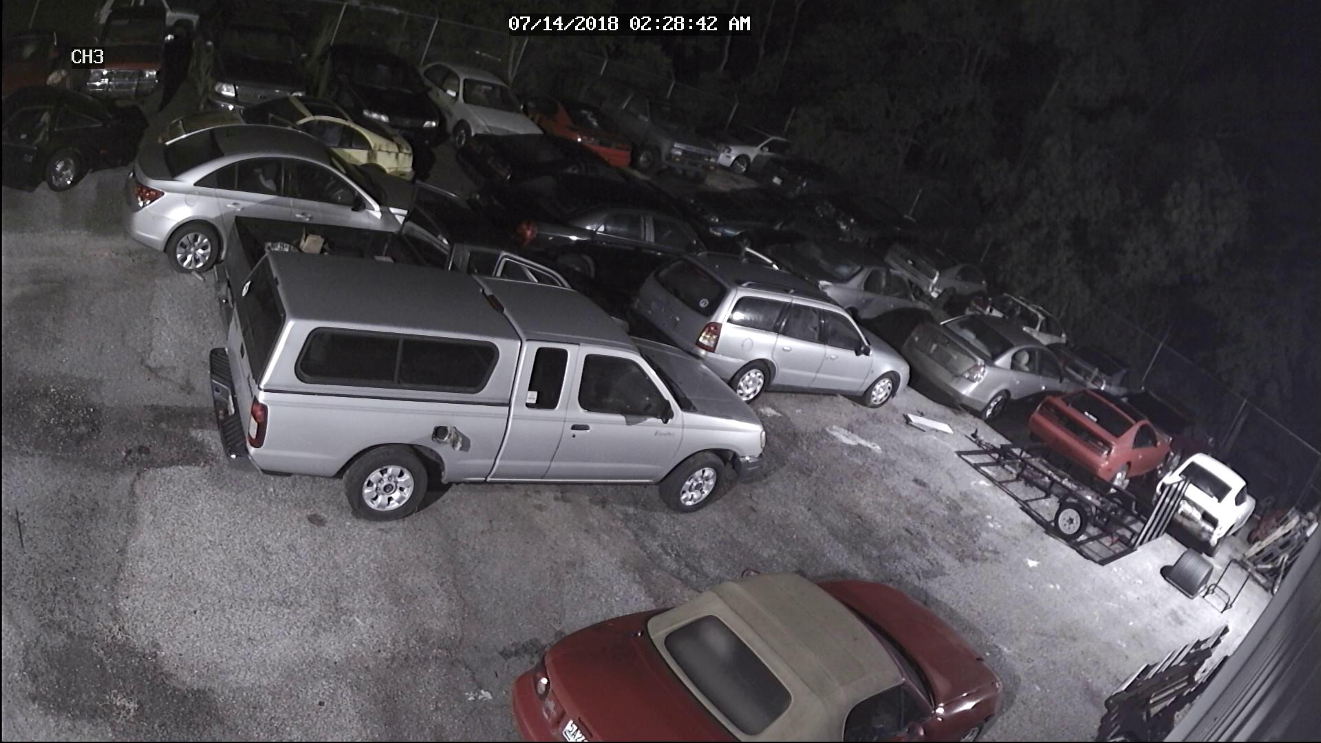 Mobile Police seek public assistance to locate two vehicle burglary suspects