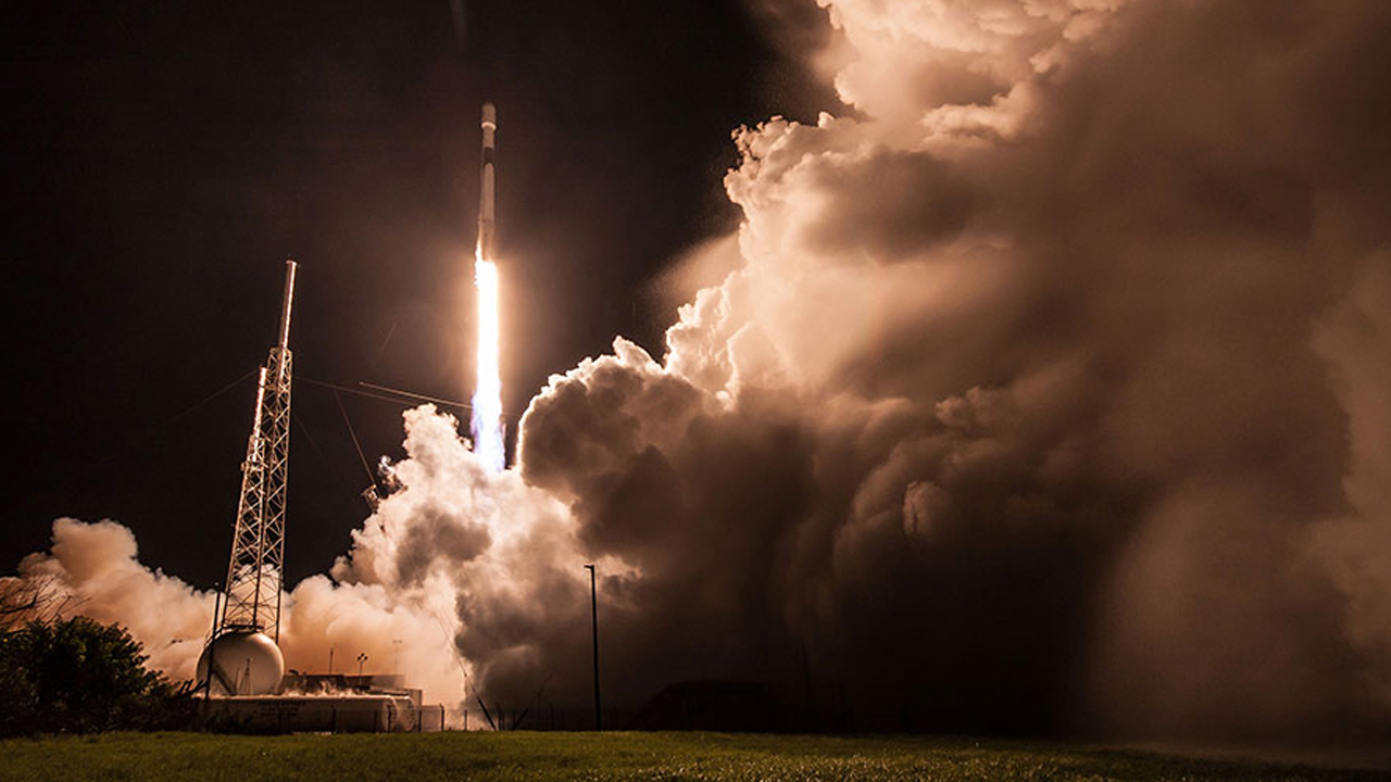 Watch SpaceX Launch 60 Starlink Satellites Into Orbit Tonight